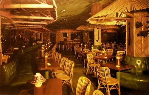 Postcard depicting the Waikiki Room at the Pick-Nicollet Hotel