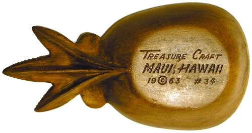 Bottom view of Treasure Craft #34 Pineapple Ashtray